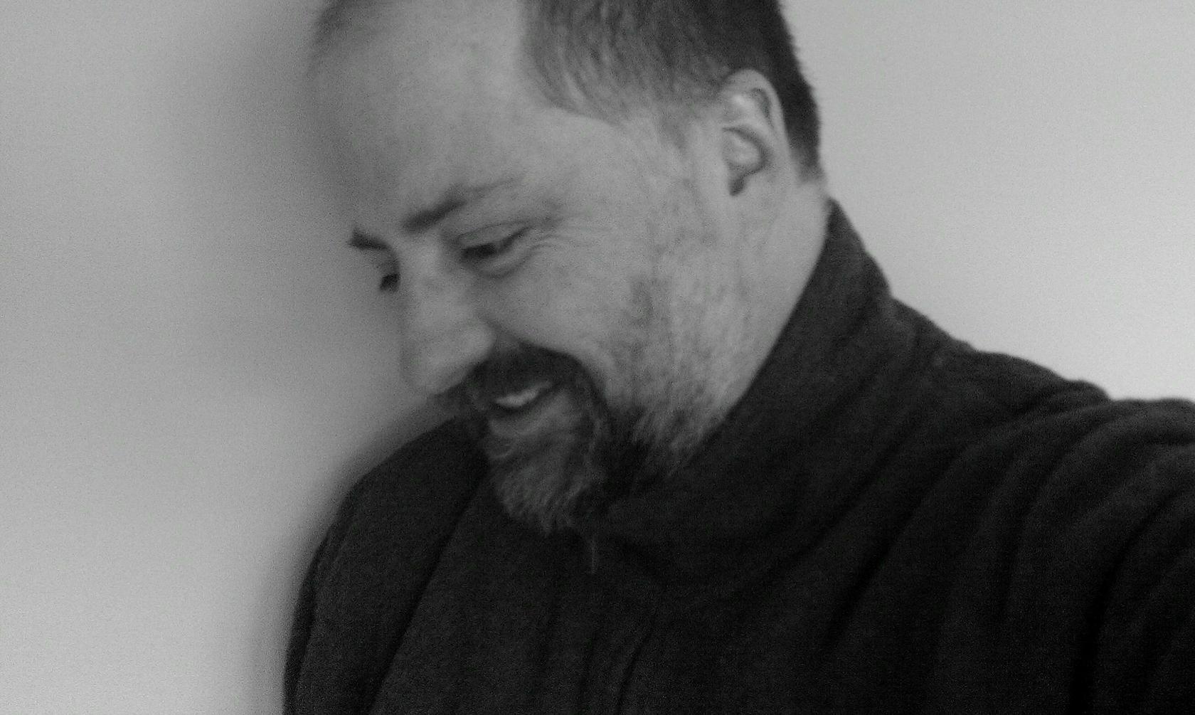 Andrew Spong