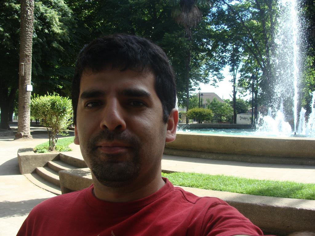 Luis E. Cruz Campos