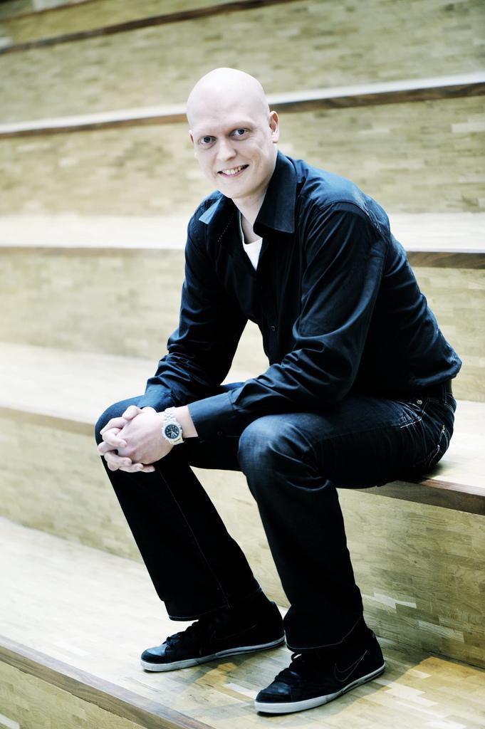 Simon Lund Larsen