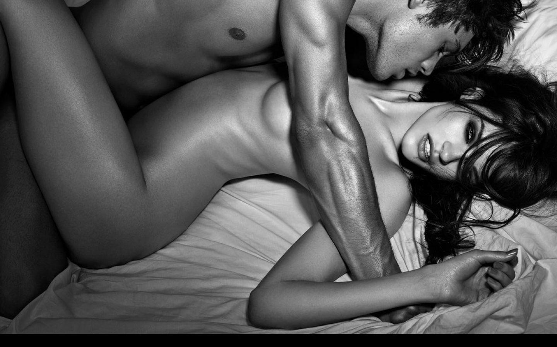 Страстный секс поцелуй 8 фотография