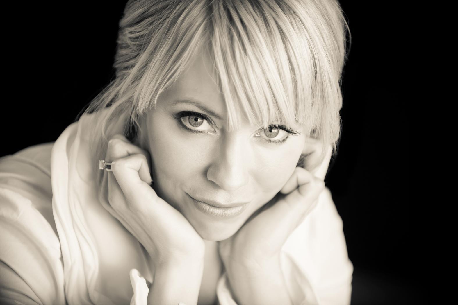 Tonya Leigh