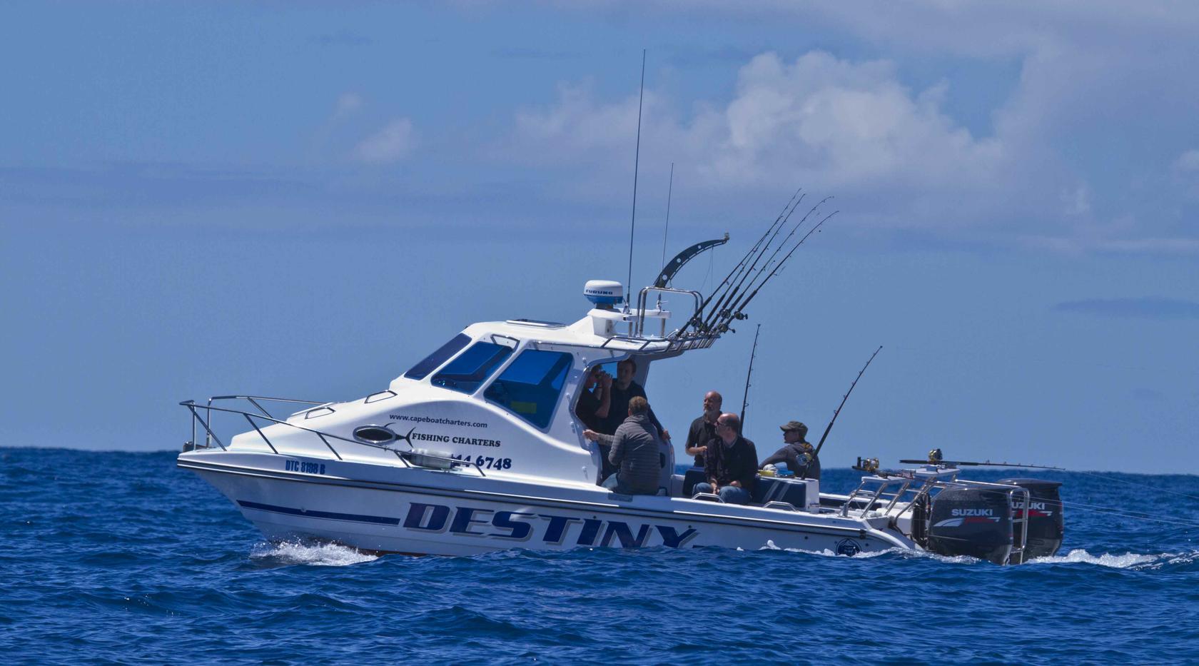 Cape boat charters deep sea tuna fishing scienic eco for Deep sea fishing boats for sale